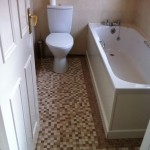 brown-cream-floor-tiles-in-bathroom